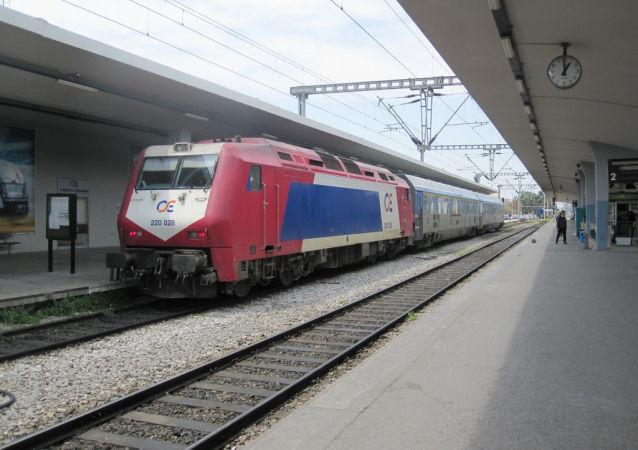 Un treno della TrainOSE in Grecia