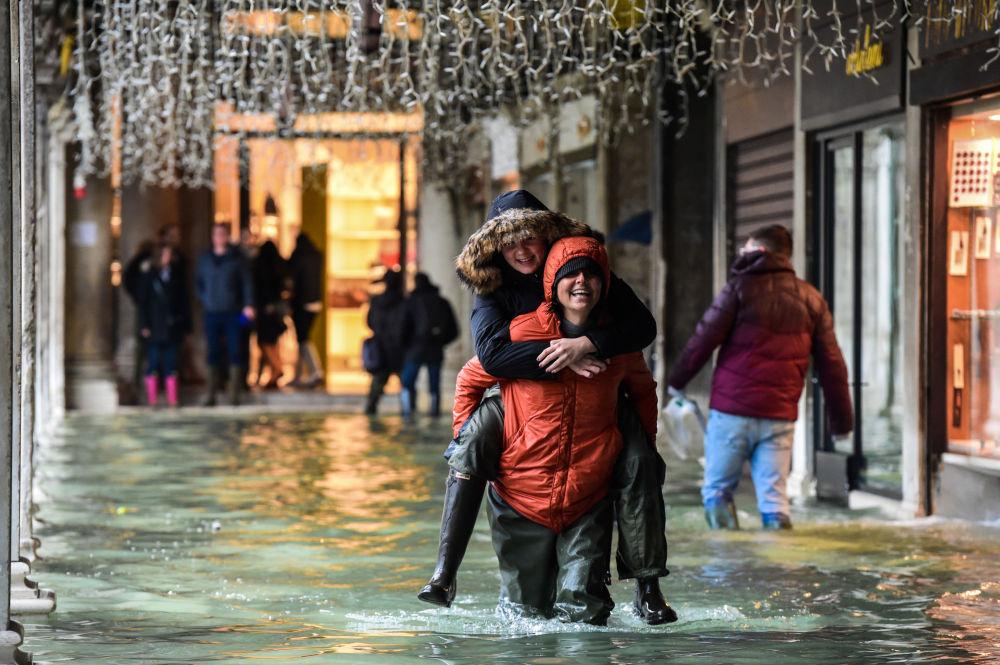 Turisti a Venezia.