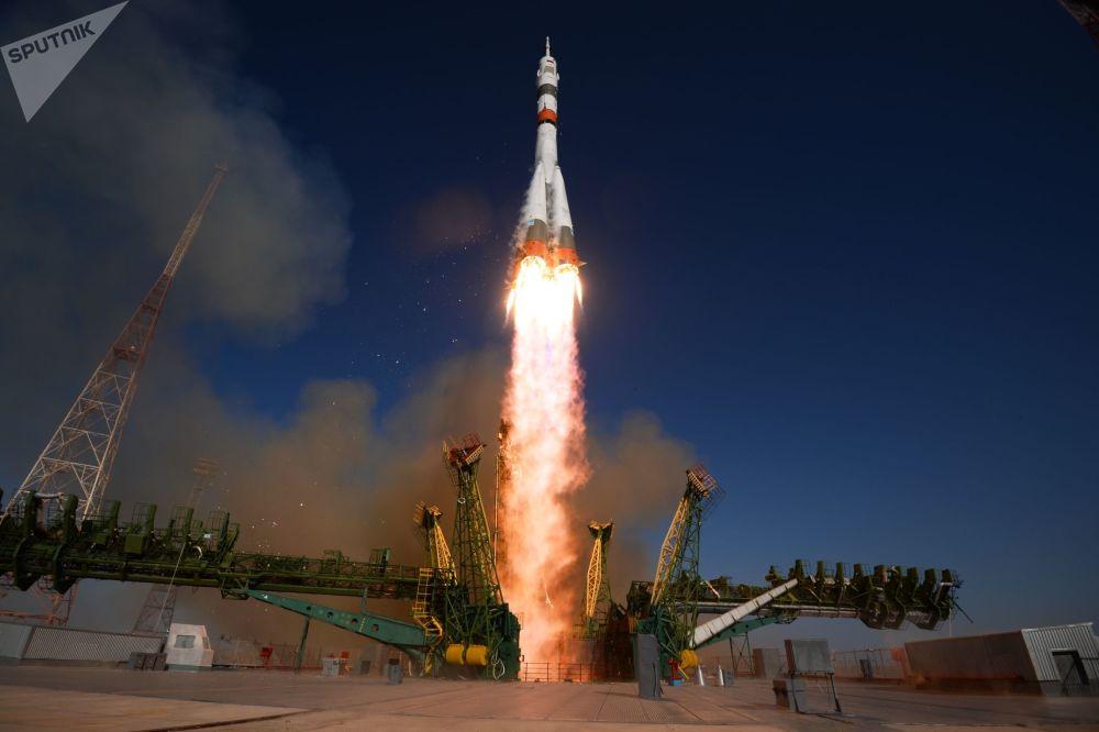 Lancio del razzo Soyuz-2.1a con l'astronave Soyuz MS-14 dal cosmodromo di Baikonur