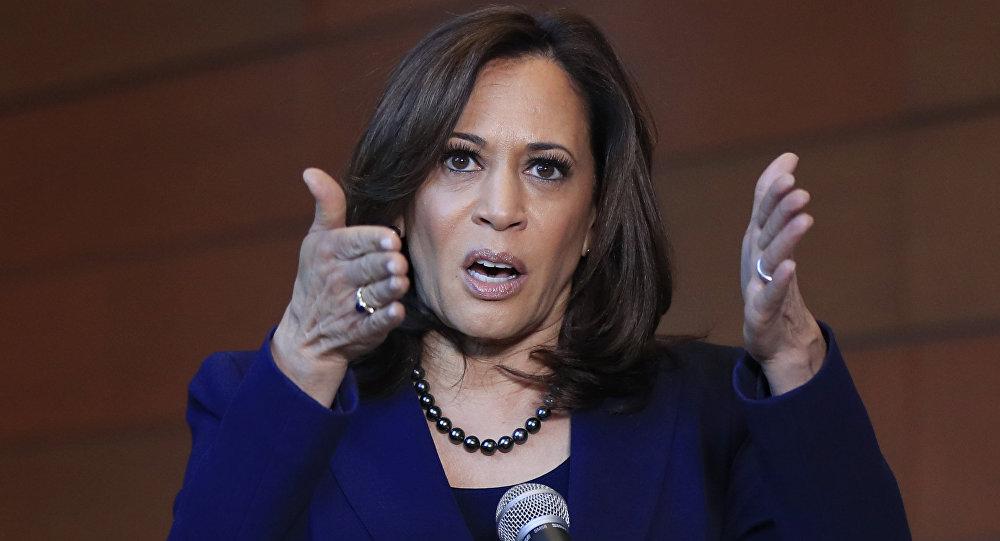 La senatrice di California Kamala Harris