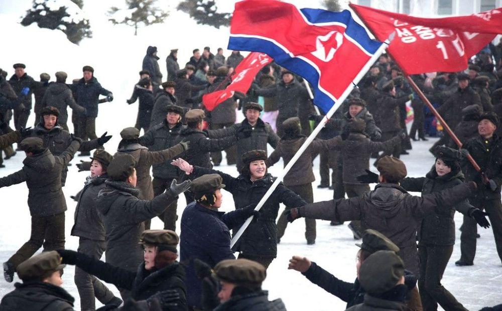 Le celebrazione per la fine dei lavori di costruzione di una nuova città nella contea Samjiyon, in Corea del Nord.
