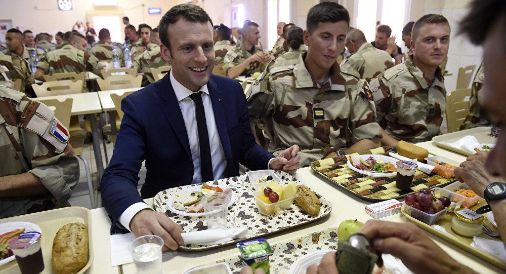 Francia, Macron rinuncia alla sua pensione da ex presidente