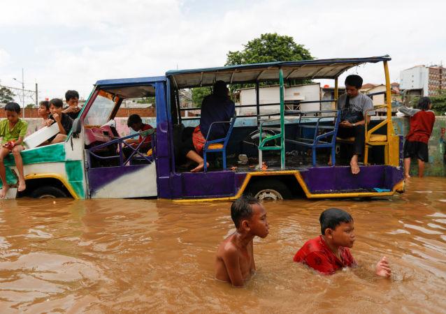 Inondazioni a Jakarta