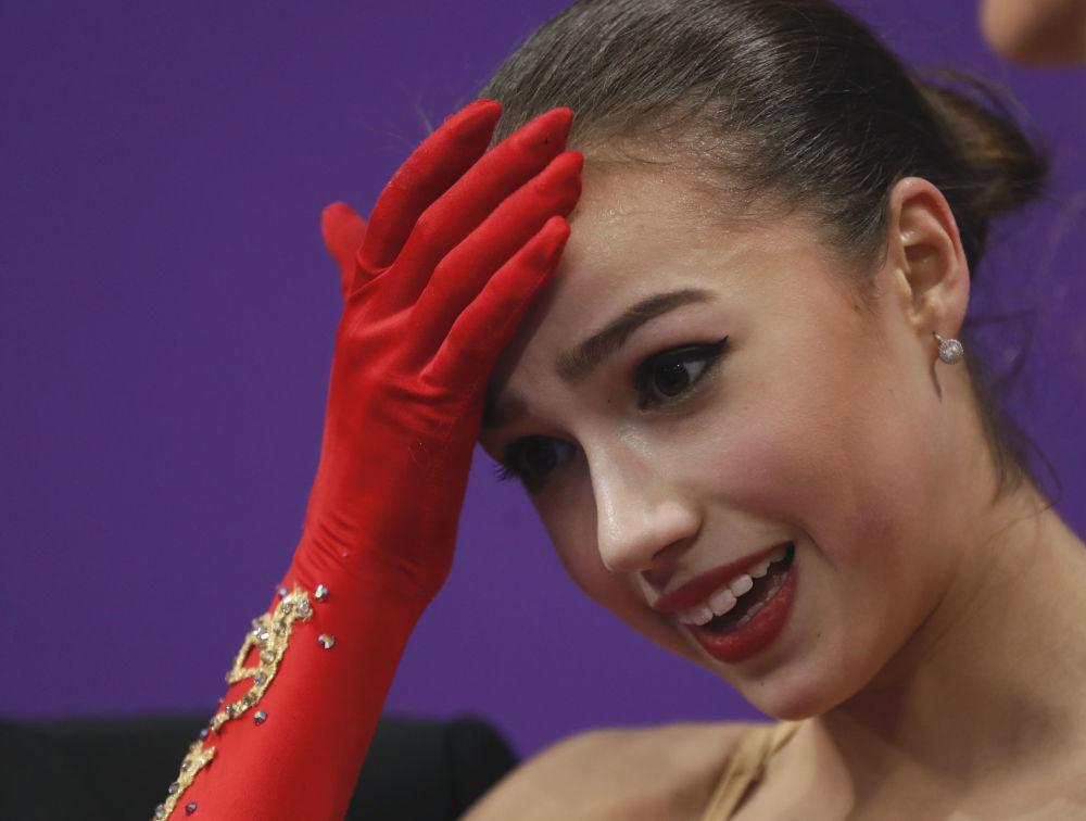 Alina Zagitova durante le Olimpiadi invernali del 2018 a Pyeongchang, Corea del Sud