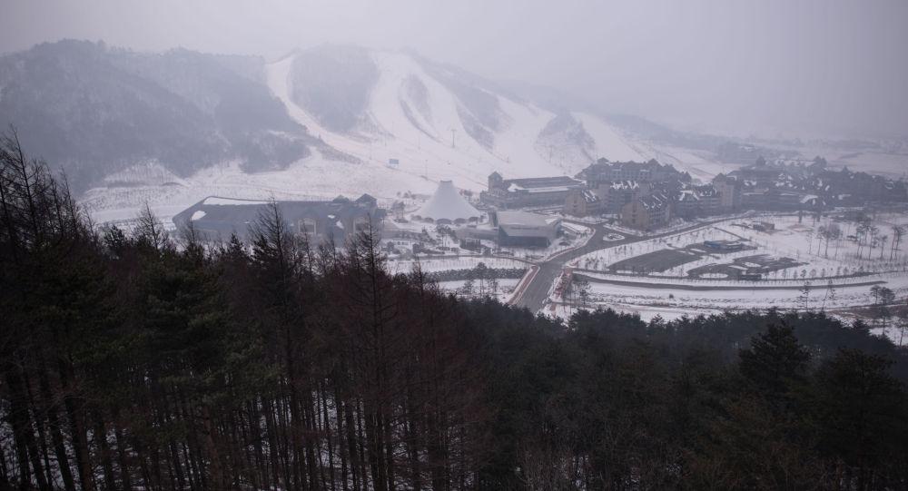 Le Olimpiadi precedenti, quelle di  2018,  si terranno in Corea del Sud, in citta di Pyeongchang