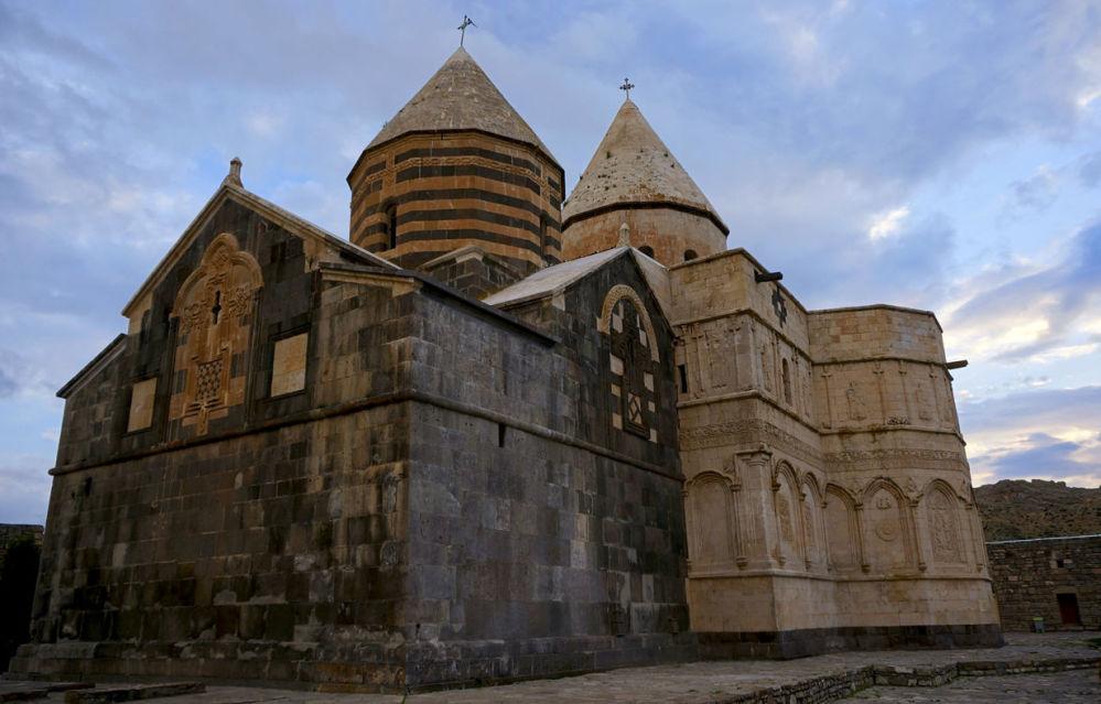 Il monastero di San Taddeo, uno dei più antici della chiesa armena, si trova nella provincia iraniana dell'Azerbaigian occidentale.