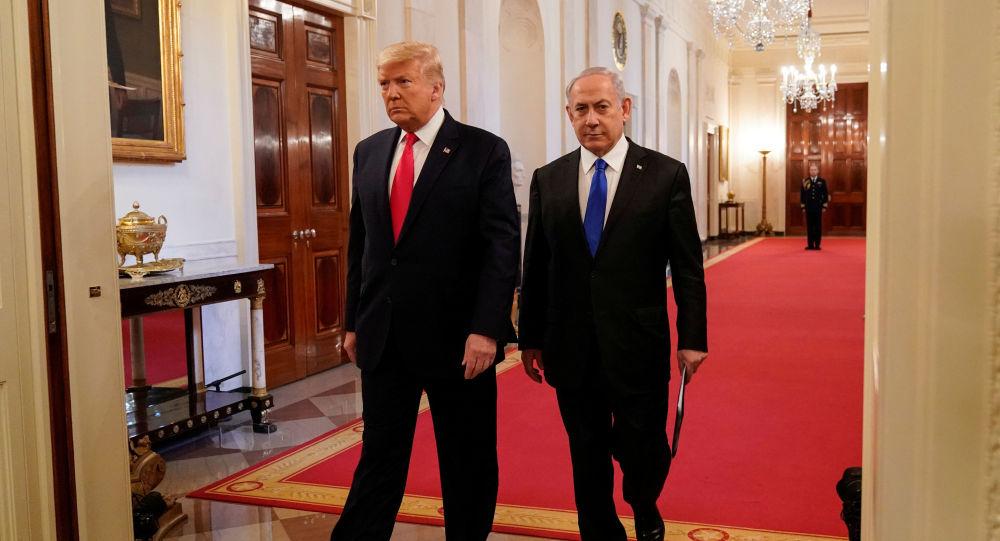 Donald Trump e Benjamin Netanyahu dopo la conferenza stampa, il gennaio 28, 2020