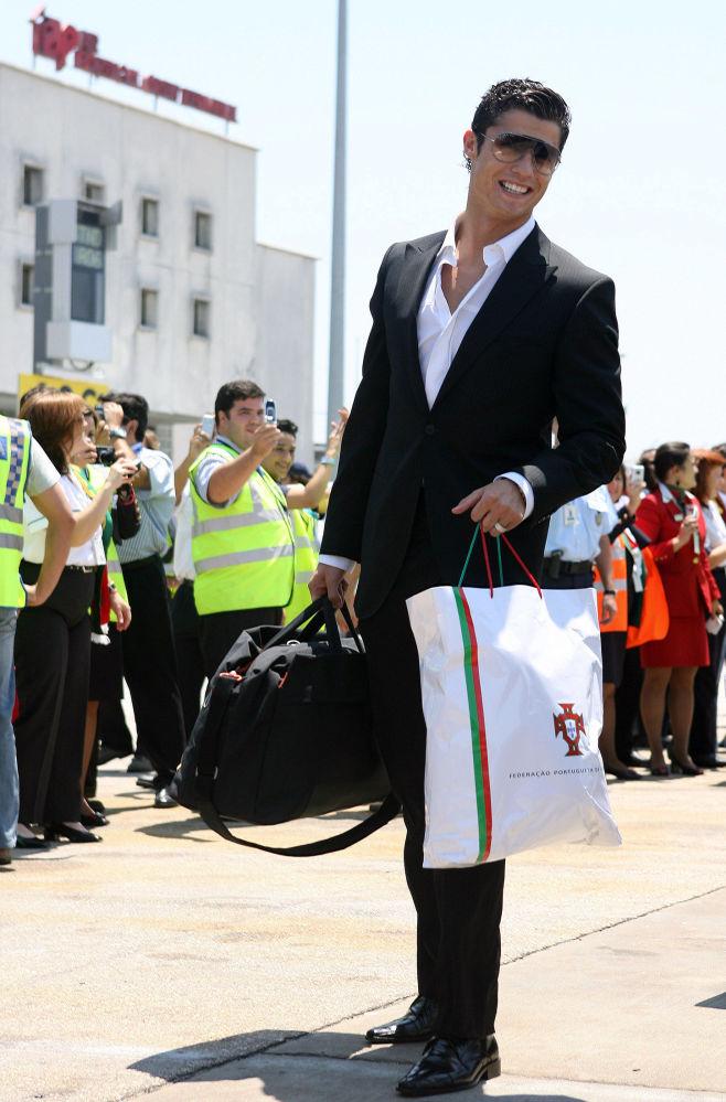 Cristiano Ronaldo all'aeroporto di Lisbona