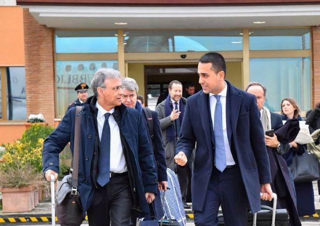 Luigi Di Maio in partenza per Belgrado