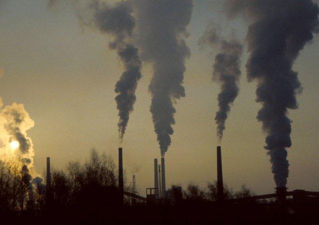 Centrali termoelettriche a carbone (foto d'archivio)